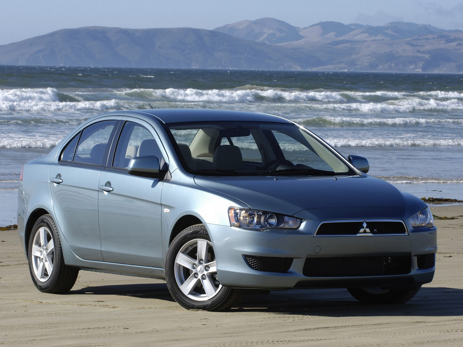 Sport Car Mitsubishi Lancer Wallpapers Picture Images Snaps Photo
